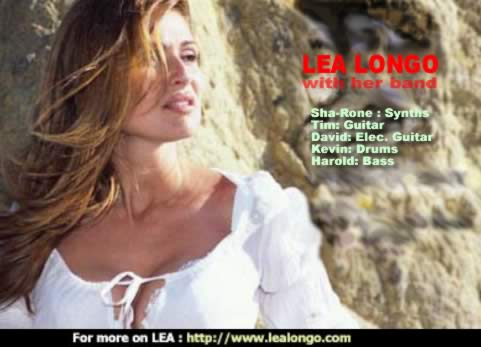 Lea Longo with her band